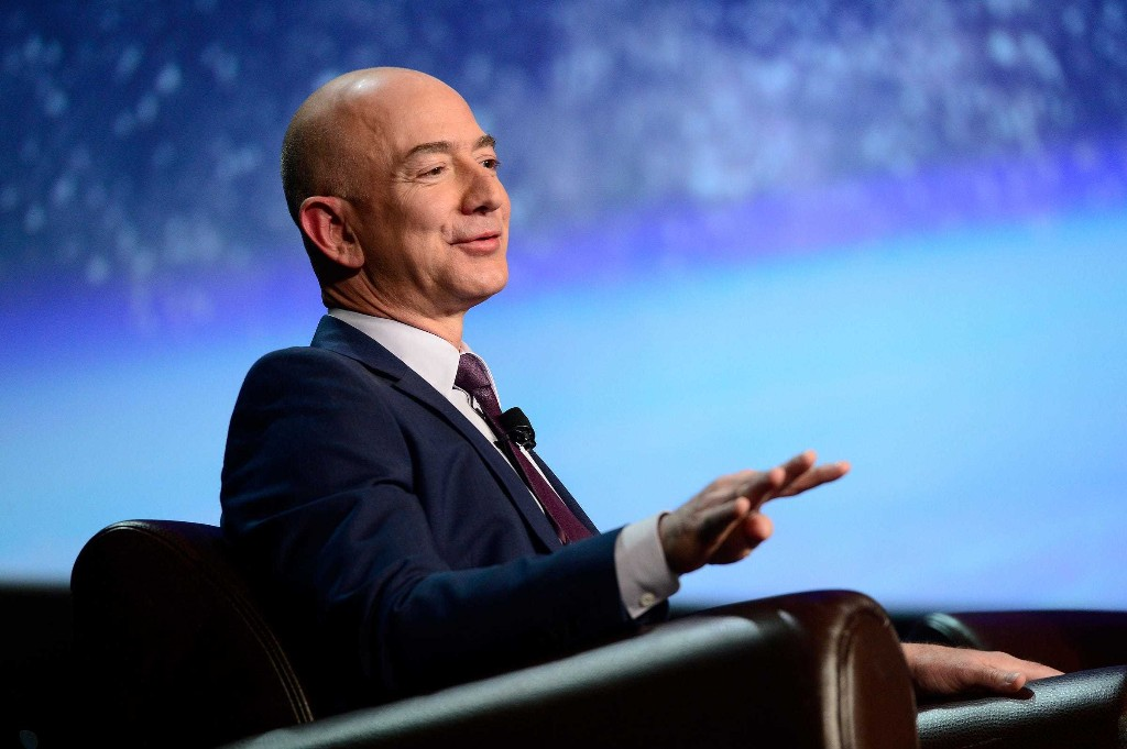Amazon will soar more than 20% as it becomes a 'third force' in advertising behind Google and Facebook, analyst says (AMZN)