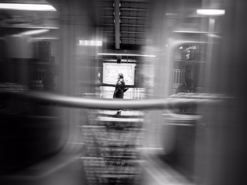Incredible black-and-white photos turn everyday life in Chicago into stunning works of art