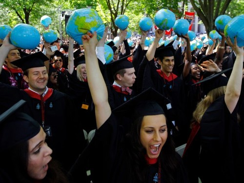 Harvard may end fraternities, sororities, and final clubs by punishing students who join them