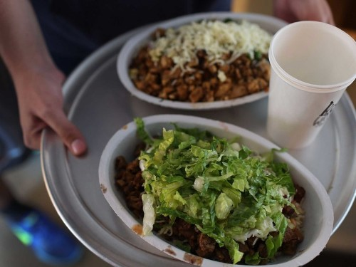 Chipotle's flashy ban on GMOs is totally backfiring