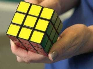 How To Solve A Rubik's Cube - Business Insider