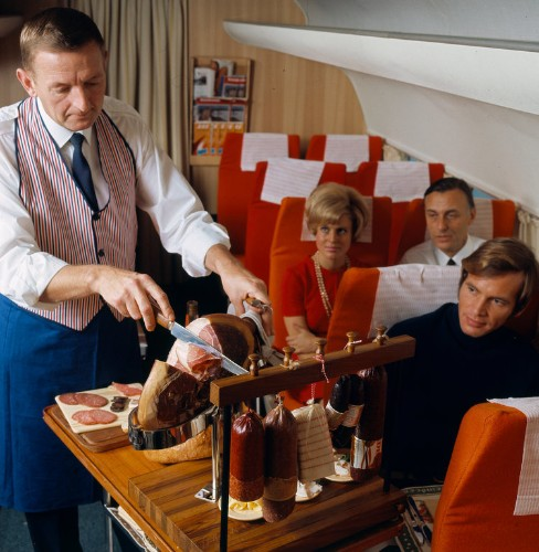 CAVIAR AND LOBSTER: Vintage photos show how glamorous airline dining was in the past