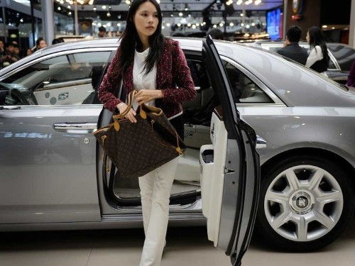 Chinese Millionaires Are Leaving The Country In Droves