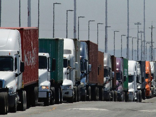 Uber and startups want to disrupt trucking — incumbents aren't worried - Business Insider