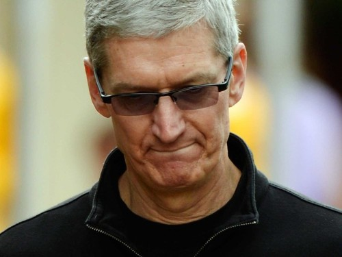 ANALYST: Apple Is Having A Disastrous Quarter Right Now