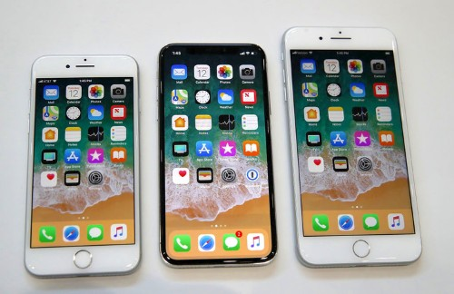 I downgraded from an iPhone X to an iPhone 8 — and I think I like the less expensive phone more