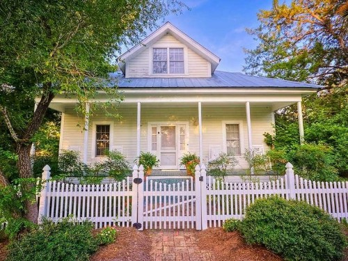IT'S OFFICIAL: The American housing market is back