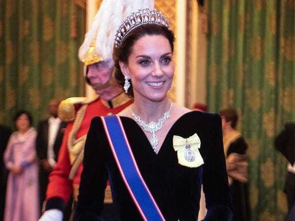 Kate Middleton wears velvet V-neckline dress to diplomatic reception - Business Insider