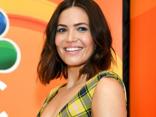 Mandy Moore shared photos from Mount Everest 'viewing trek' amid overcrowding and deaths
