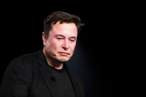 It's time to panic about Tesla's flatlining revenue - Business Insider