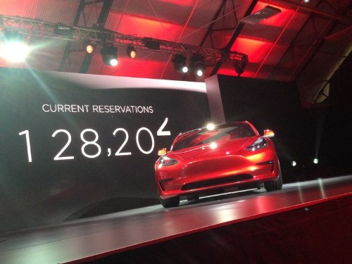 Tesla has lost 2 execs who actually build its cars