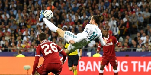 Gareth Bale hits bicycle golazo in wild Champions League final