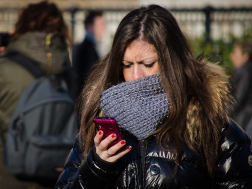 This is what your smartphone is doing to your brain — and it isn't good