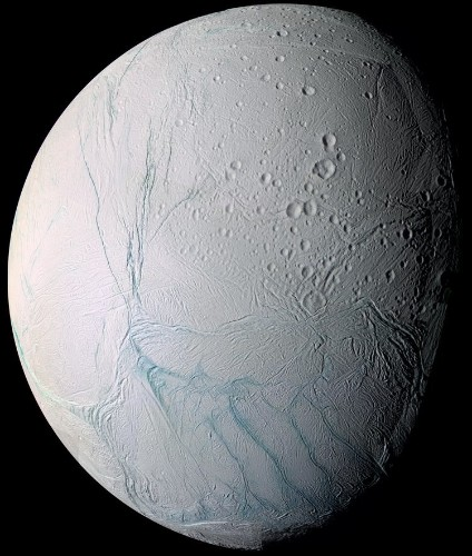 Spacecraft captures some of the best photos we've ever seen of Saturn's water-rich moon