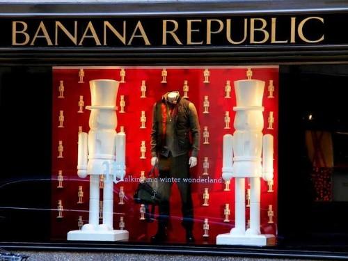 4 Reasons Banana Republic Is Failing