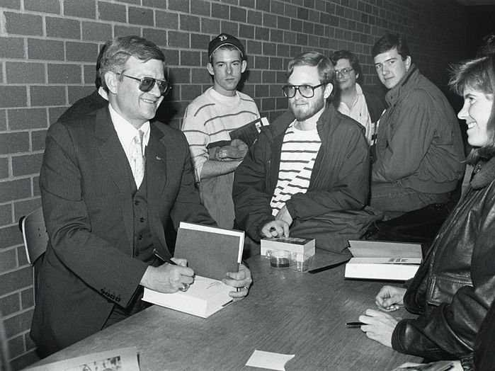 Tom Clancy's Advice To Writers Is Awesome, And Everyone In Every Field Should Follow It