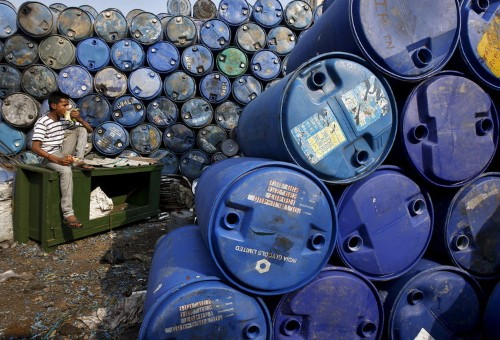 How cheap oil will affect the global economy