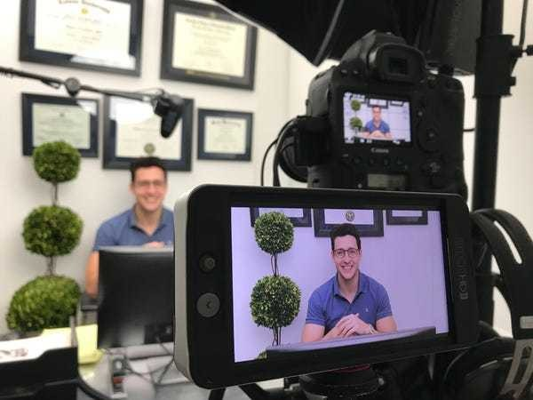 A day inside studio of YouTube star Doctor Mike: photos, interview - Business Insider