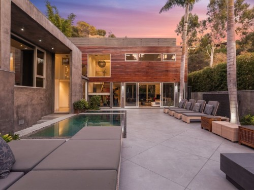 Alex Rodriguez sells Hollywood Hills home he bought from Meryl Streep