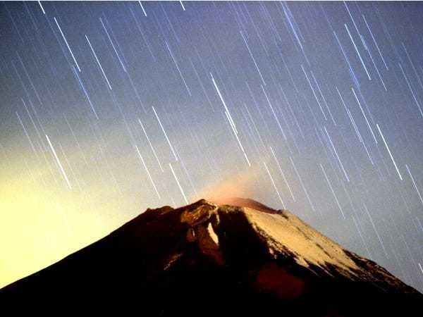 Geminids meteor shower 2019: How to see multicolored shooting stars - Business Insider