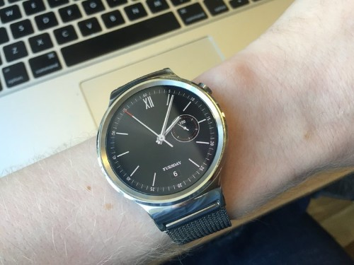 I used an Android watch with my iPhone — and I hate it