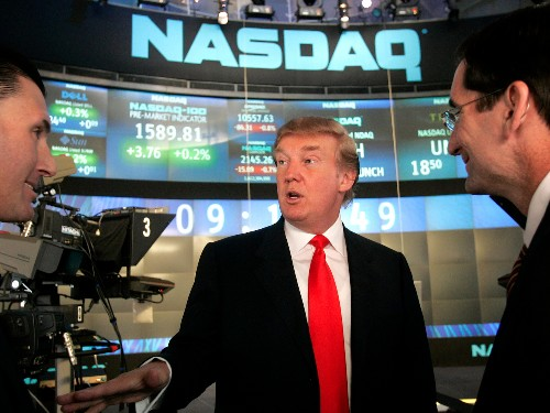 Vanity Fair story on shady stock-market trade, Trump headlines is wrong - Business Insider