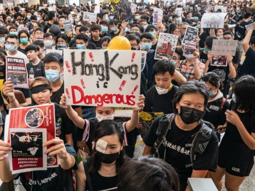 Chinese-American journalist called 'yellow thug' at Hong Kong protests