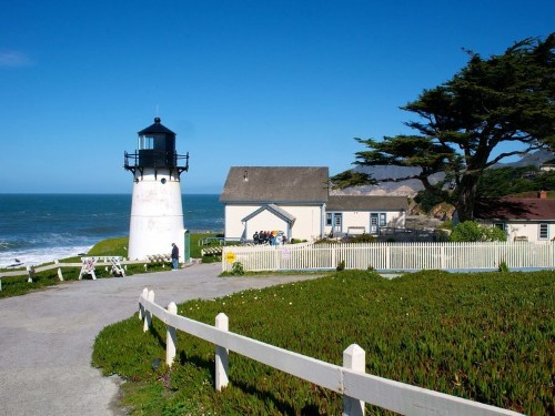 ROAD MAP: The Best Stops Along California's Highway 1