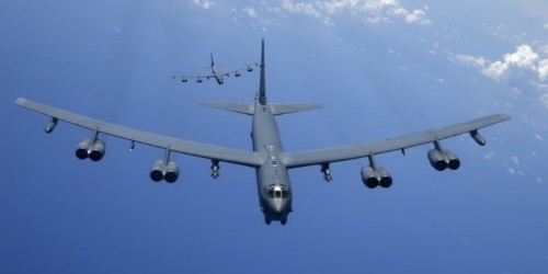 US B-52 bombers are getting the ability to drop smart bombs like never before