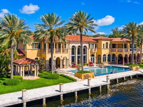 $12.99 million Florida mansion has a fully functional trading floor