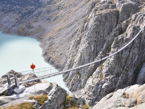 16 adrenaline junkie attractions to visit in your lifetime