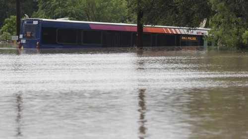 One Person Dead After Huge Flooding In San Antonio Area
