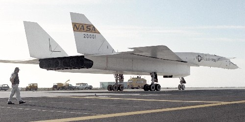Jump inside the XB-70 Valkyrie, the largest and fastest bomber that the US ever built - Business Insider