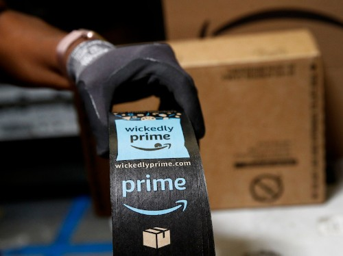 Amazon is offering Prime members free one-day shipping on $1 items - Business Insider