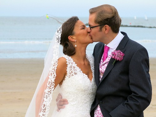 9 things people wish they'd known before having a destination wedding - Business Insider