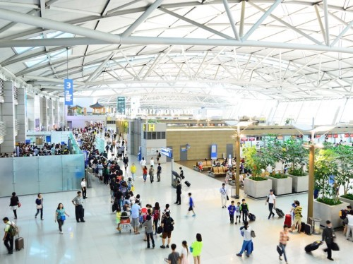 The 10 best airports in the world, according to travelers