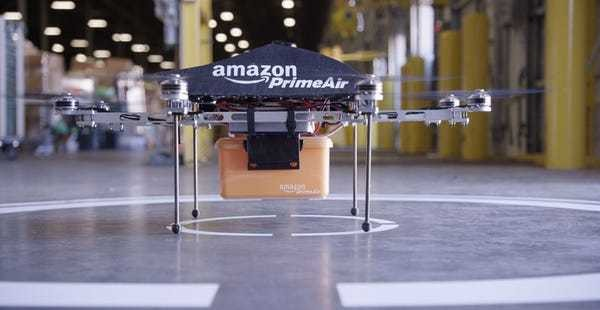Amazon patent sees street lights as drone stations - Business Insider