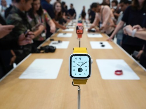 Apple brings back Edition version of Apple Watch Series 5