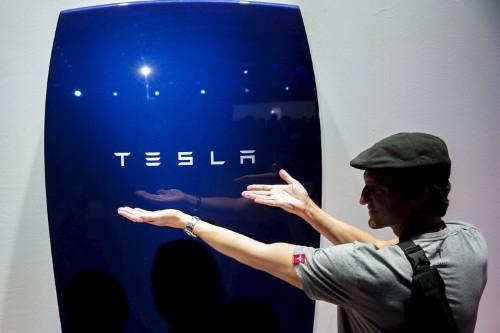 Mercedes is mimicking Tesla