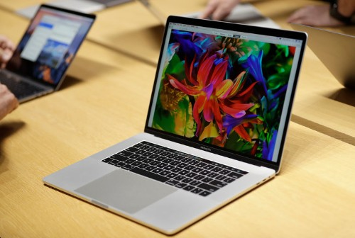 Apple to release new MacBook Air, 16-inch MacBook Pro, report says