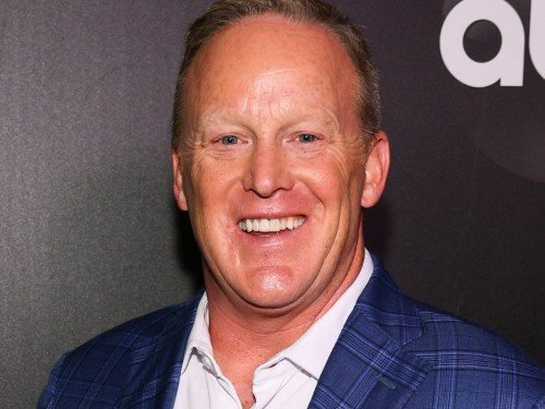 Sean Spicer says he hopes 'Dancing With the Stars' will be a 'politics-free zone' amid casting backlash