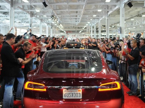 Top Wall Street analyst dreams up a whole new business model for Tesla and predicts the stock goes up 91%