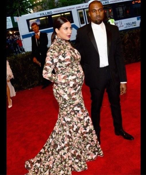 Robin Williams Tweets About Kim Kardashian's Met Gala Dress: 'I Wore It Better!'