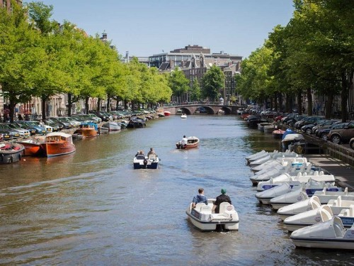 The Best Places To Eat, Drink, And Play In Amsterdam