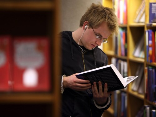 7 science-backed tips for reading faster and retaining more