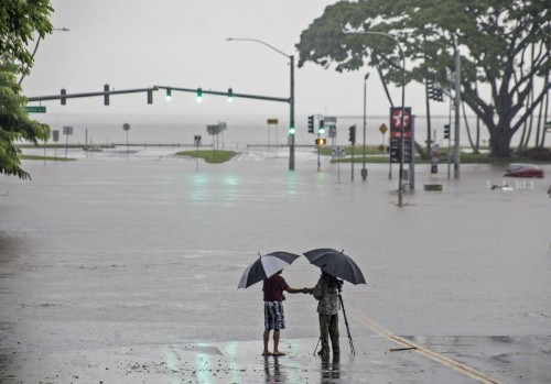 Waikiki flood concerns spur push for Hawaii shore protection
