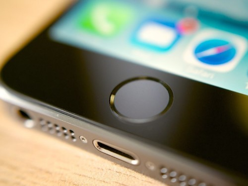 Here's a simple trick to fix your iPhone if it's having trouble charging