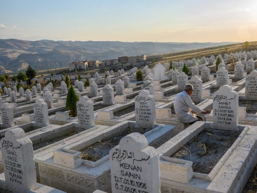 Turkish city to be flooded by dam project, forcing graves to move - Business Insider
