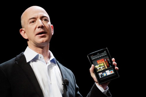 Amazon CEO Jeff Bezos had a snappy response to the National Enquirer's allegations that taking intimate selfies showed poor business judgment
