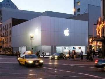 Lawsuit Claims Bag Searches At Apple Stores Cost Workers $1,500 A Year In Unpaid Overtime